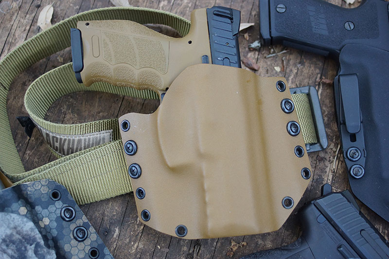What Makes A Good Handgun Holster?